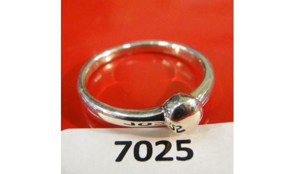 Zilveren ring maat 54