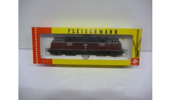 diesellok 221 111-8 db