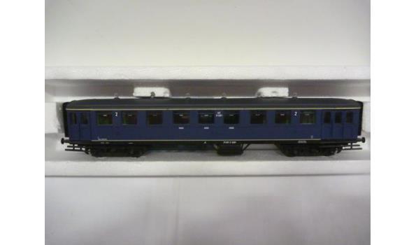 ns personenwagon  2e klasse blauw