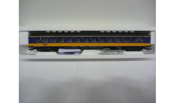 ns personenwagon 1e klasse geel-blauw