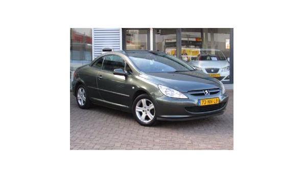 Peugeot 307 CC 2.0-16V CABRIO Bj. 2004 Benzine Kenteken 73NNLB