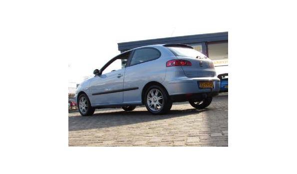 Seat Ibiza 1.4-16V Businessline Benzine Bj.2004 Kenteken83PNDZ