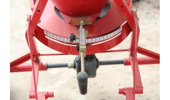 Rondini strooier model SPT160 - trekboom uitvoering