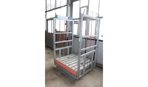 Bloemenkar - 129,5x104x207cm