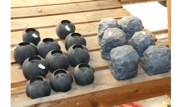 Stenen en theelichthouders