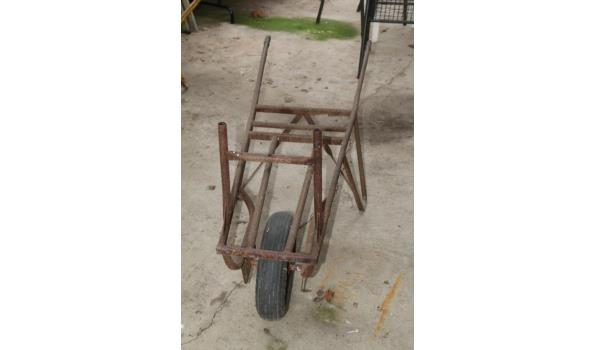 Steenkruiwagen met luchtband