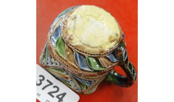 Fries kerfsnede aardewerk roomkan