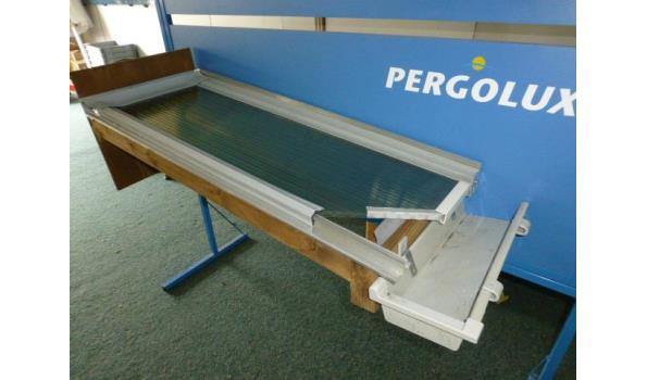 Douglass  houten onderbouw voor veranda en veranda dak met Pergolux polycarbonaat 16 mm dik opaal
