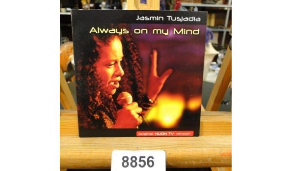 Jasmin Tusjadia