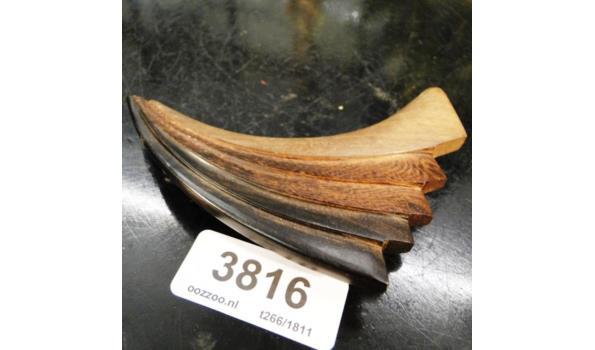 Frans houten haarklip