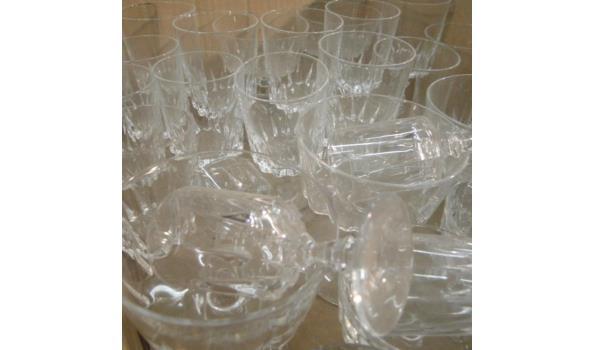 Grote partij kristallen glazen