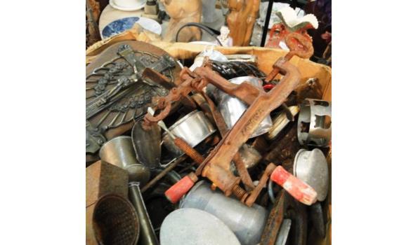 Zeer grote partij koper, tin, brons, ijzer, e.d.