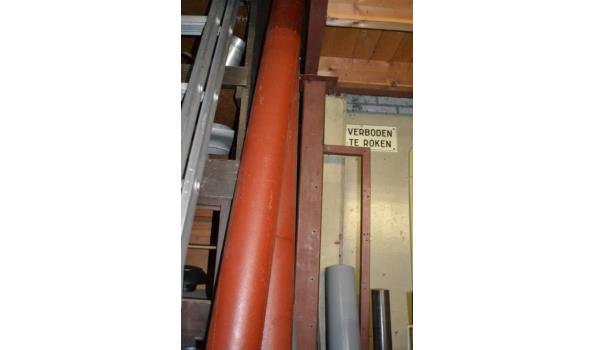 Ijzeren pijpen ø12cm lengte ca. 220cm
