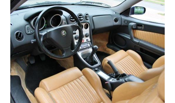 Alfa Romeo GTV 2.0- 16V Bj.  2002 Kenteken 96JBHG