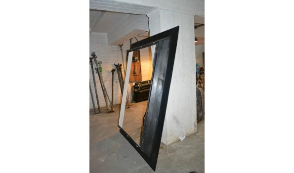 Omlijsting dakraam - 150x200 cm