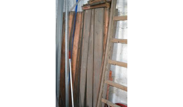 Houten trap - 190 hoog