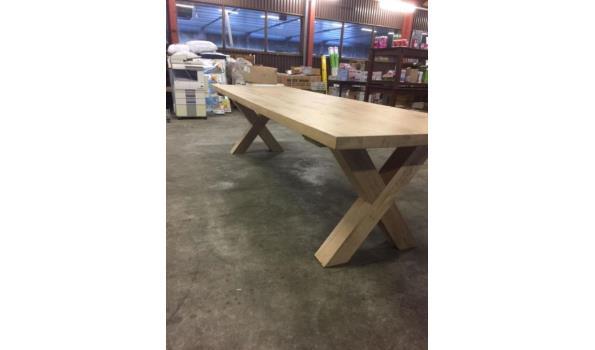 Eiken tafel met X poten, 240 x 100 cm