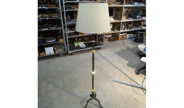 Kamerlamp op massief messing voet