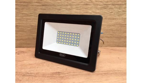 LED straler multi COB 30 watt.