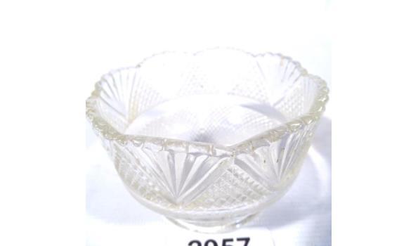 Antiek geslepen kristallen schaal