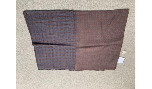 Roda shawl bruin gemêleerd.