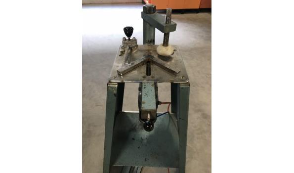 Kram machine pneumatisch met onderstel