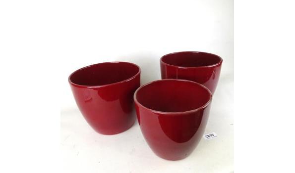 Set van 3 aardewerk bloempotten