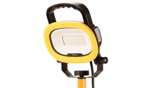 Werklamp LED straler 21W op statief