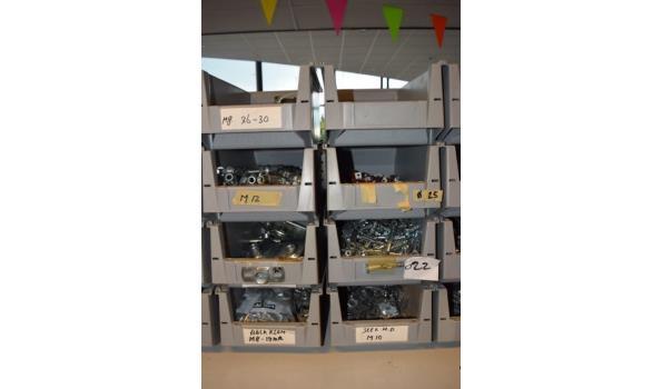 Partij bevestigingsmaterialen in magazijnbak o.a. Gerberit beugels