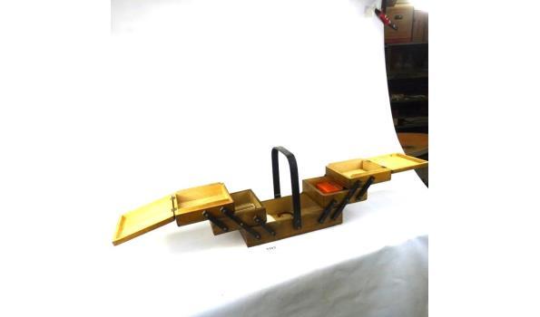 Vintage houten naaikist