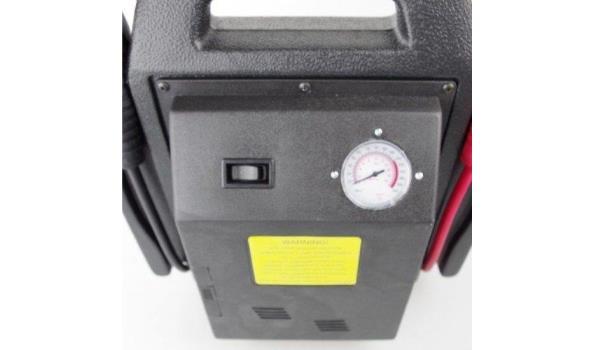 Jumpstarter / starthulp / startbooster 12V/17Ah met compressor.